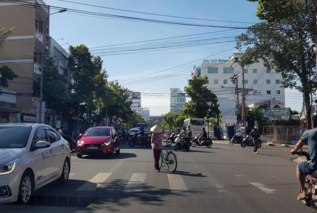 Tôi cần bán căn nhà mặt phố đường Tôn Đức Thắng. Trung tâm bậc nhất thành phố Phan Thiết