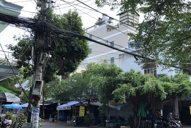 Nhà cấp 4 góc 2 mặt tiền đường 77 105.47m2 khu Tân Quy, Q.7