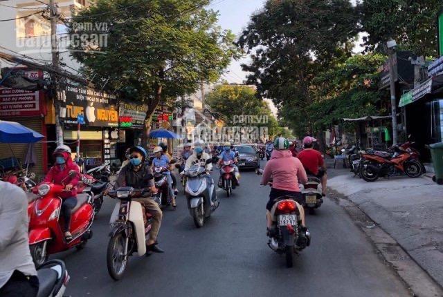 Bán nhà mặt tiền kinh doanh sầm uất nhất đường 11, P. Linh Xuân, Thủ Đức, ngang 5.2m