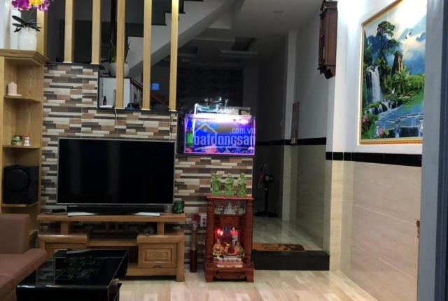Cần bán gấp nhà mới phường Tam Bình