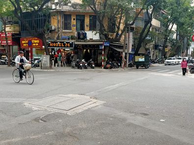 Bán nhà mặt phố Triệu Việt Vương, quận Hai Bà Trưng, 196m2, 3 tầng, mặt tiền 8m, giá 98 tỷ