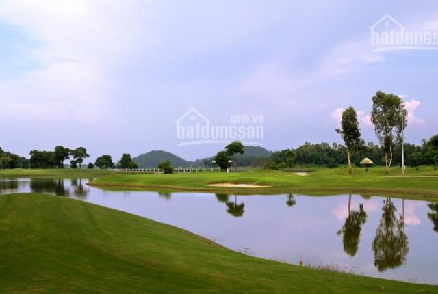 Bán gấp đất siêu đẹp 278.5 m2, MT 10.8m sát cổng sân golf Đồng mô, gia 3.x Ty