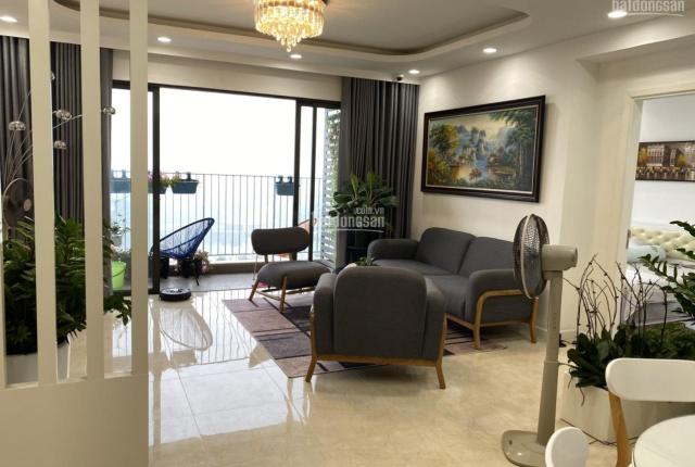 Chính chủ bán CC cao cấp Vinhomes D'Capitale, căn góc 3PN, 121m2 thông thủy - view hồ full nội thất
