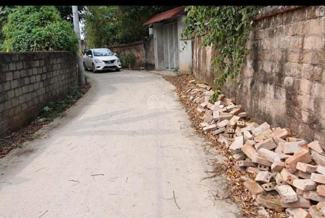 Chính chủ cần bán đất nằm ngay khu trường học, trạm y tế, xã Kim Sơn, Sơn Tây. Giá chỉ 1,x tỷ