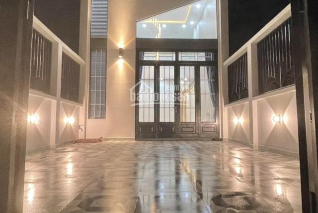 Bán nhà mới xây tại Tân Phú Trung, Củ Chi, nhà được thiết kế hiện đại, nội thất trang bị căn bản