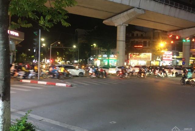 Nhà mặt phố góc Cầu Giấy - Khúc Thừa Dụ