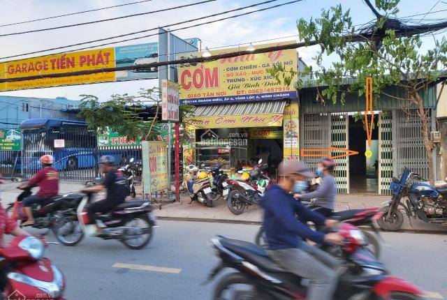 Bán nhà mặt tiền khu sầm uất, ngay trung tâm thương mại, như trung tâm quận Tân Phú, thuận tiện KD