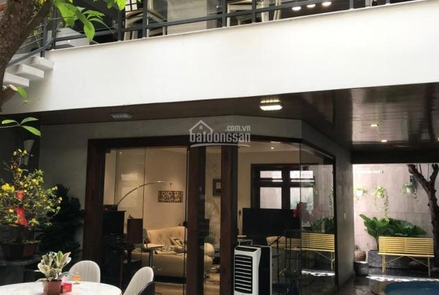 Chính chủ cần cho thuê gấp biệt thự Indochine dt 8x25, 4 tầng, hồ bơi sân vườn FULL NT cao cấp !