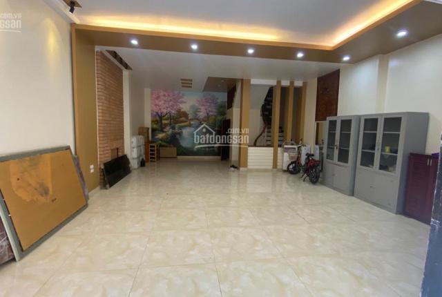 Bán nhà Nguyễn Khang cực đẹp, DT 65m2