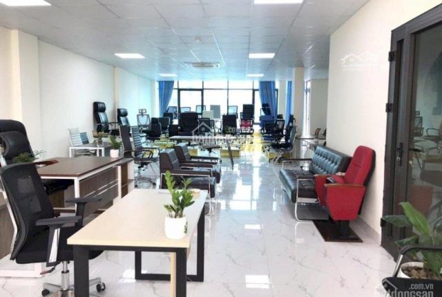 Chính chủ cho thuê mặt bằng văn phòng siêu đẹp, tòa nhà MP Khúc Thừa Dụ DT từ 50m2 - 200m2