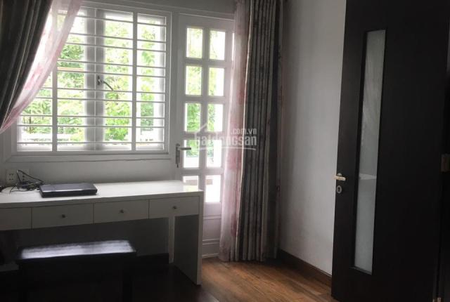 Cho thuê phòng trong khu biệt thự ven sông, giá 4tr đủ nội thất xịn xò