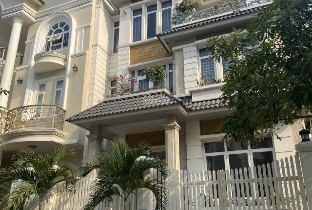 Chính chủ bán nhà 3 lầu, DT: 5 x 20m chỉ 19 tỷ. Ngay đường Song Hành, p. An Phú, quận 2