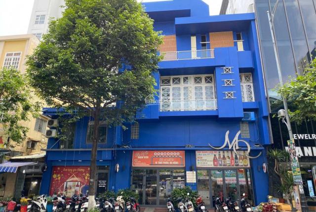 Cho thuê nguyên căn tòa nhà tọa lạc ở khu vực thương mại sầm uất trên đường Trần Phú
