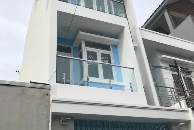 Bán nhà mới xây 3 lầu, mặt tiền đường 6m, 7.9 tỷ, đất 68 m2, đối diện Aeon Tân Phú