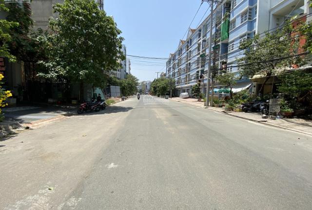 Chính chủ gửi bán nhà phố KDC Tân Thuận Nam đường 24m, phường Phú Thuận, Q7