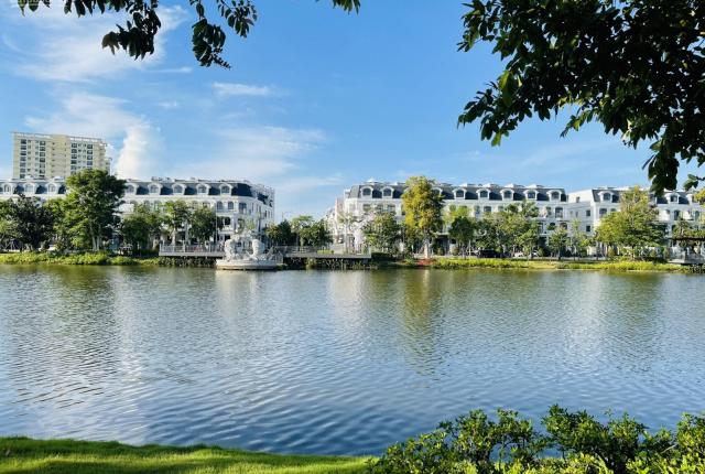 Cần bán gấp nhà phố Lakeview City 5x20m full nội thất duy nhất 1 căn giá hot 13,5 tỷ LH 0902872670