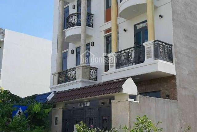 Nhà 1T 2L KDC Centana Điền Phúc Thành DT: 80m2, hướng chính Đông, giá 7 tỷ 200, LH: 090 3377 500