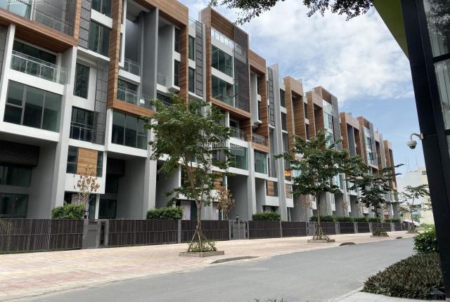 Chính chủ cần bán 2 căn shophouse Đồng Văn Cống, Quận 2. LH: 0983855542