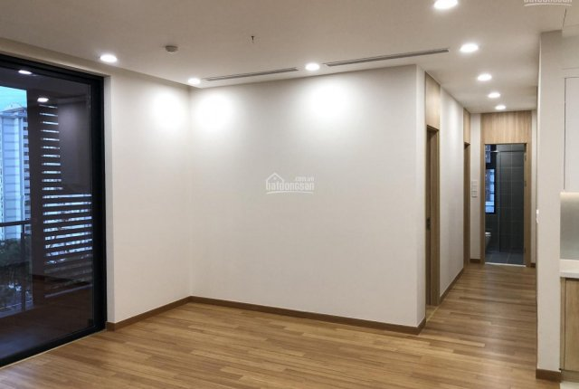 Chính chủ cần bán gấp căn hộ chung cư 2PN, DT 89m2 giá rẻ. LH: 0967724888