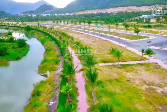 Cần bán lô biệt thự ven Sông Tắc Hòn Một, view công viên giá cực tốt chỉ 13tr/m2