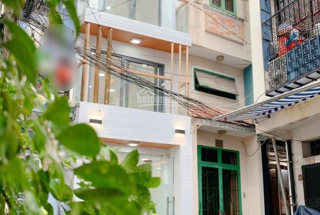 Nhà đẹp, Phan Đình Phùng, Q. Phú Nhuận - 2 lầu hẻm xe hơi - Huê hồng cao cho anh em