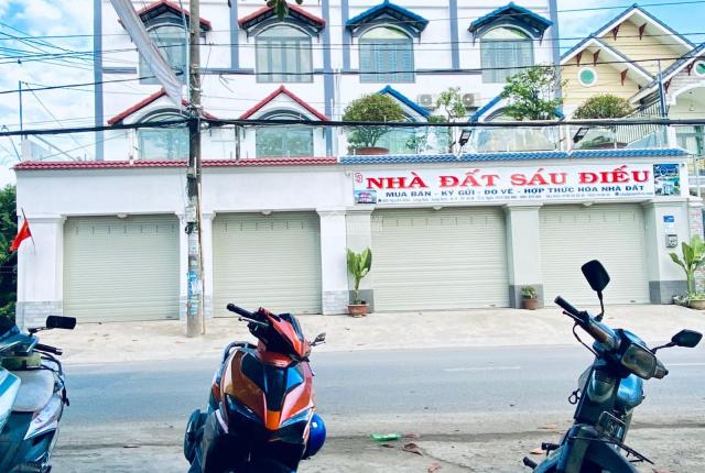 Cho thuê nhà mặt tiền đường Nguyễn Xiển kết cấu: 1T 2L, chiều ngang 8,5 mét. LHCC: 0984 997 321