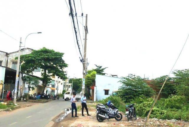 Bán đất hẻm xe tải đường Kênh Tân Hoá, P. Tân Thới Hoà, Q. Tân Phú. DT DT: 10m x 50m nở hậu 19m