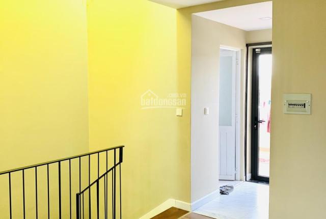Cần cho thuê gấp nhà phố Lakeview city giá 22tr/tháng, nội thất đẹp. LH: Tú 0917330220