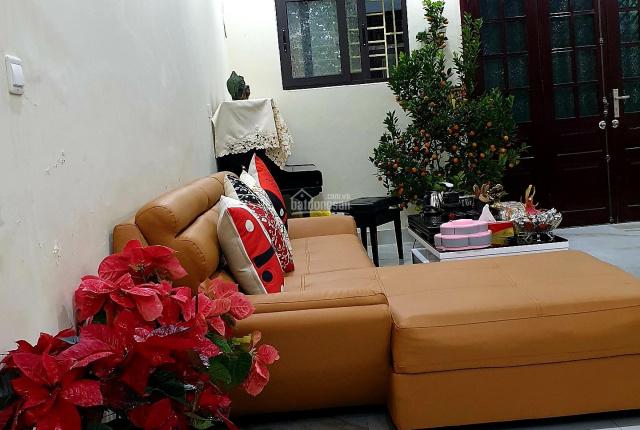 Chính chủ cần bán nhà đường Hoàng Hoa Thám - nở hậu - 63,25m2 - giá 6,3 tỷ LH: 0889994588