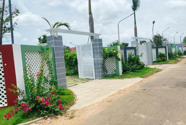 Bán đất huyện Đất Đỏ đường Nguyễn Huệ rộng 1,187m2 có tường bao giá F0 siêu rẻ