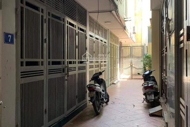Chính chủ cần bán nhà phố Phan Kế Bính - trung tâm quận Ba Đình liên hệ 0936369558