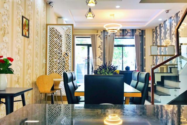 Cho thuê Lakeview City, An Phú, Q2, full đầy đủ nội thất, view đẹp, giá 28tr/th. LH 0911867700