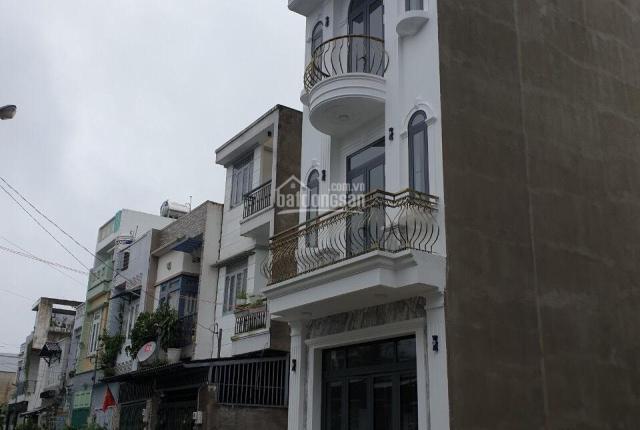 Bán nhà mới tinh 2 lầu, hẻm xe hơi phường Thạnh Lộc - Cách 500m tới chợ Cầu Đồng