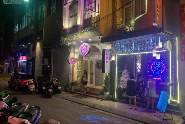 Nhà phố Linh Lang. Mặt tiền hơn 8m giá hơn 40 tỷ