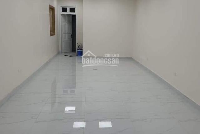 Cho thuê nhà trong khu Nguyễn Khánh Toàn, Cầu Giấy, Hà Nội. DT: 78m2, nhà 6 tầng, mặt tiền 10m