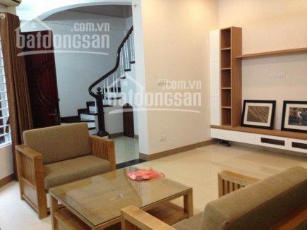 Cho thuê nhà 5 tầng tại ngõ 82 phố Thợ Nhuộm, Trần Hưng Đạo, Hoàng Kiếm , Hà Nội. DT 40m2, đủ đồ