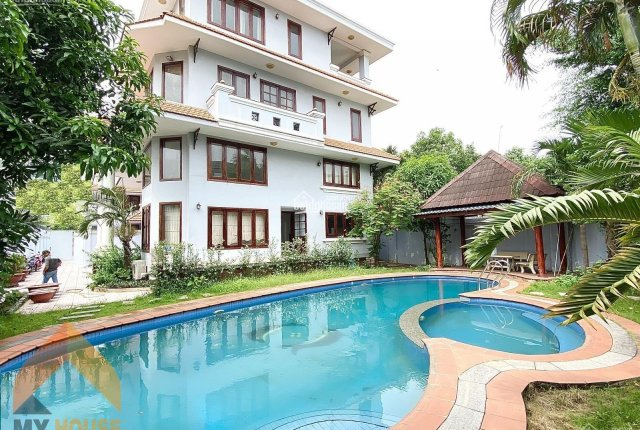 Cho thuê villa Thảo Điền Quận 2, phù hợp làm VP kết hợp ở, 15x20m
