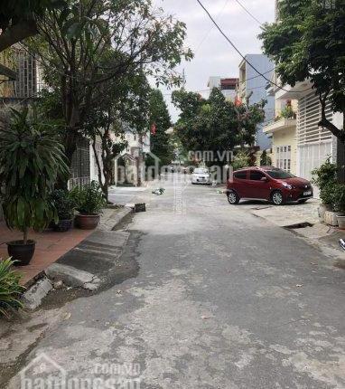 Chính chủ cần bán lô đất vuông vắn 105m2, phố Đoàn Kết - Quán Nam, đường ô tô vào tận nhà