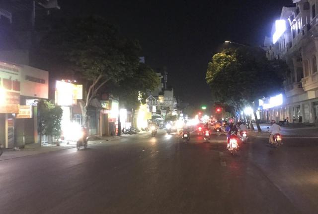 Mặt tiền Tân Sơn, 4.1x23m, vuông vức, kinh doanh sầm uất, sổ chính chủ, 12.2 tỷ