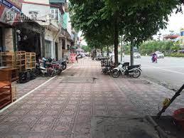 Chính chủ bán gấp đất mặt phố Ngô Gia Tự, Long Biên, 200m2, MT 5.5m hơn 16 tỷ, LH 0981022048
