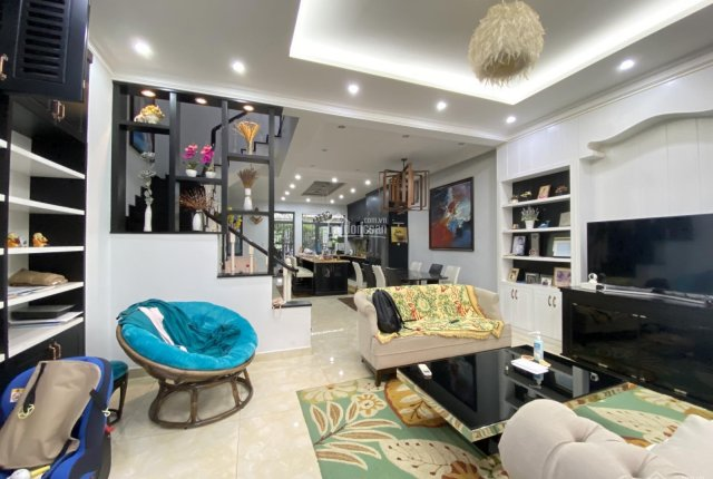 Giá 20triệu Phố Đông Village Q2 DTSD 300m2 nội thất đầy đủ sang trọng