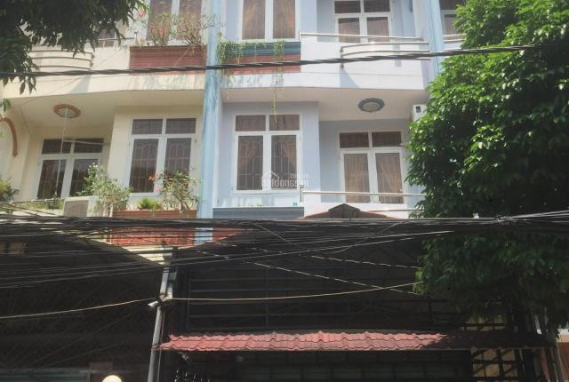 Chính chủ cần bán gấp 1 căn nhà phố liền kề Phước Long A, Q9, cách Landmark 81 15 phút đi xe máy