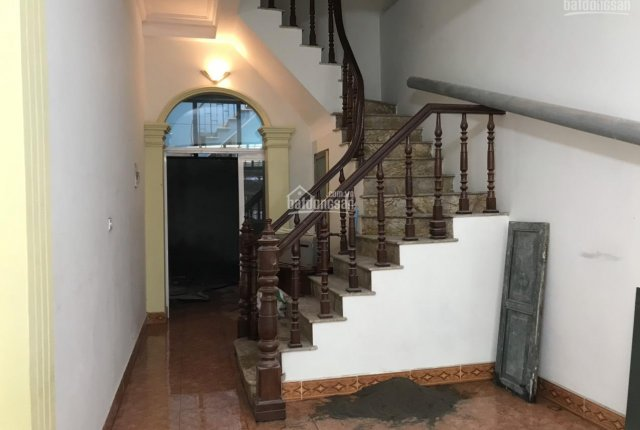 Chủ nhà bán nhà 51m2 5 tầng ngõ 158 Nguyễn Khánh Toàn - Cầu Giấy, ngõ ô tô, khu vực sầm uất