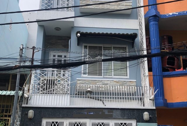 Cho thuê nhà nguyên căn 1 trệt 3 lầu Cao Thắng, phường 12, Quận 10. Liên hệ: 0903 875 773