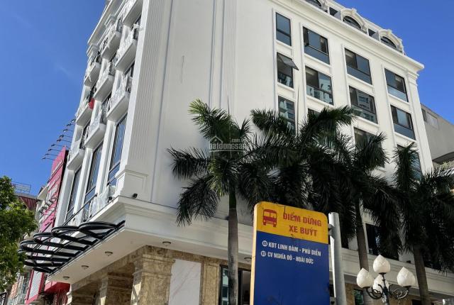 Cho thuê nguyên toà 8 tầng 3 mặt tiền làm khách sạn phố Nguyễn Hoàng - DT 240m2 - 0987311013