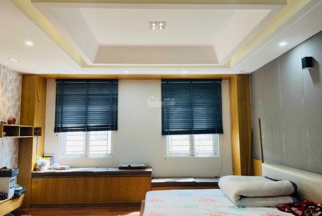 Tôi cho thuê nhà phố 1 trệt 3 lầu 5x20m Lakeview City, giá 22 tr/tháng nội thất đẹp. LH 0907110827