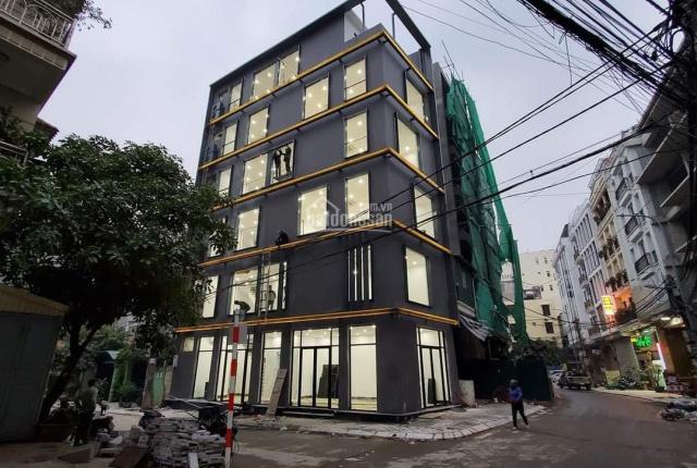 Cho thuê nhà nguyên căn đường Lạc Long Quân, 70m2 x 6T, MT 16m, giá: 50 tr/th. LH Long: 0378513333