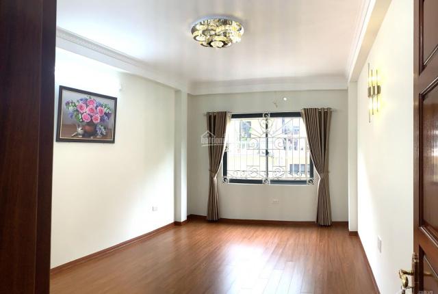 Bán gấp nhà Thanh Xuân 6 tầng thang máy, ô tô trong nhà, kinh doanh 10.75 tỷ