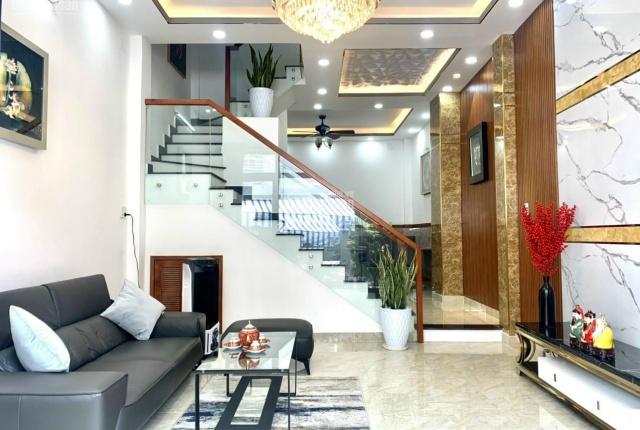 Bán nhà mặt tiền đường Lê Thị Chợ, P. Phú Thuận, Quận 7, giá 9,8 tỷ