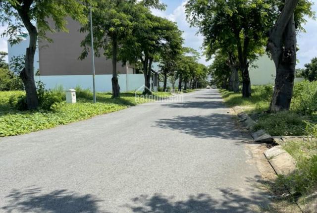 Bán nền nhà phố KDC Vạn Phát Hưng, dãy A10 DT 132m2, đường 16m giá chốt 44tr/m2. LH 0902.714.318